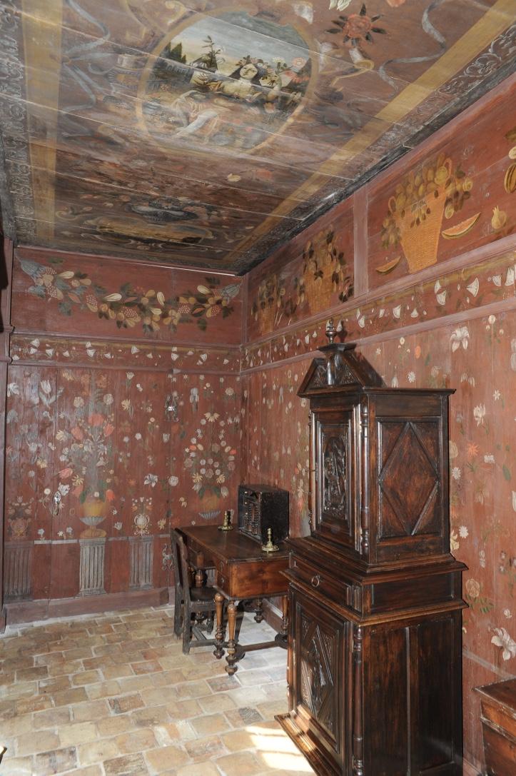 Salon aux Oiseaux et Cabinet peint